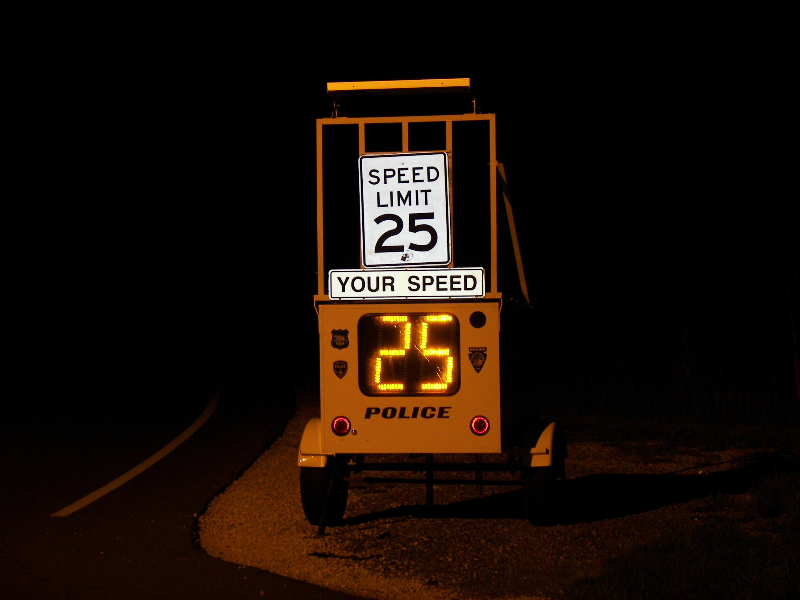 Traffic Monitoring Speed Limit Sign